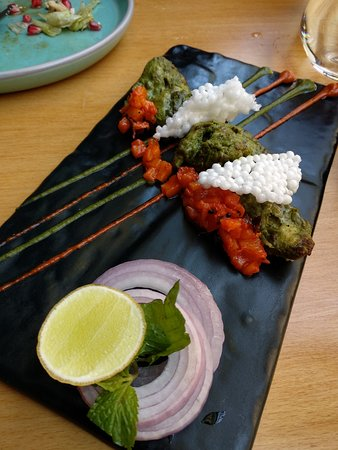 Pandora Gastronomy & Bar: Kaffir Lime Chicken Tikka