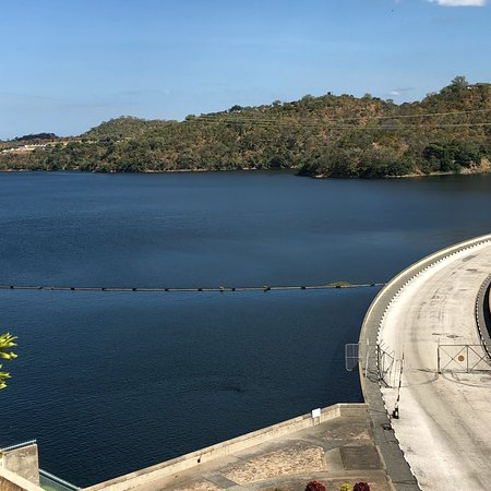A little Dam for a huge Lake