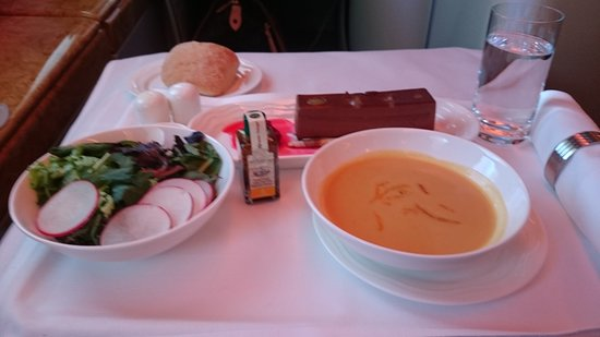 Emirates: meal