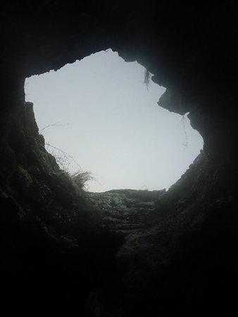 Murrawijinie Caves: Daylight Beckons