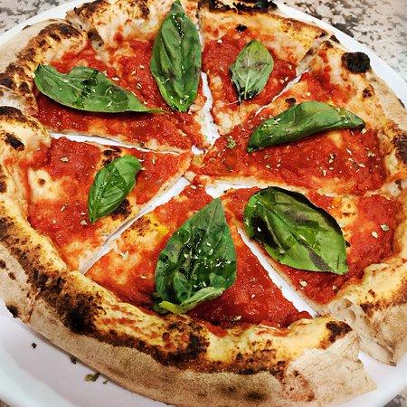 Solarino, Italy: Agorà Pizza & Food