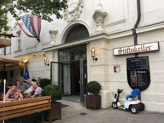Stiftskeller innsbruck restaurant reviews phone number photos tripadvisor