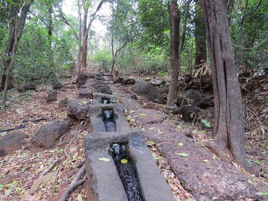 Keshavraj Temple: water channel
