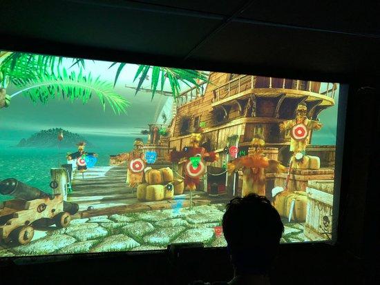 Wangels, Germany: riesiges Videospiel, wird auch gern von den Erwachsenen genutzt;