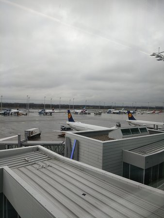 Lufthansa: Munich International Airport MUC.