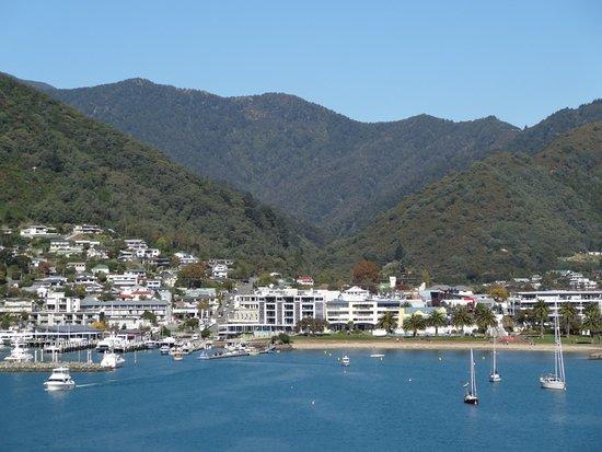 Interislander: Coming into Picton