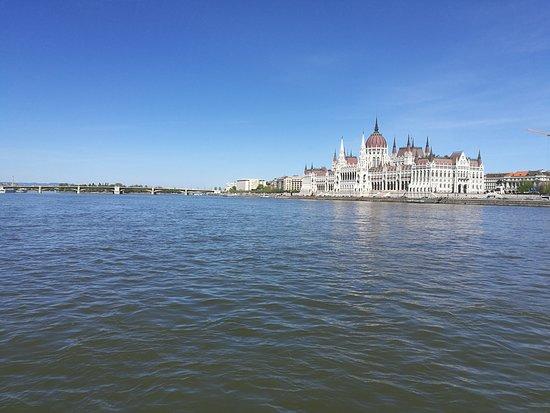 Κοινοβούλιο: дунай и парламент