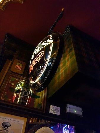 La Fontana de Oro: Fantastic looking pub