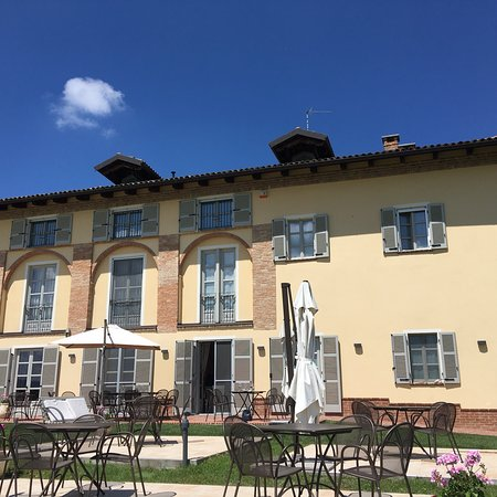 Agliano Terme, إيطاليا: photo1.jpg
