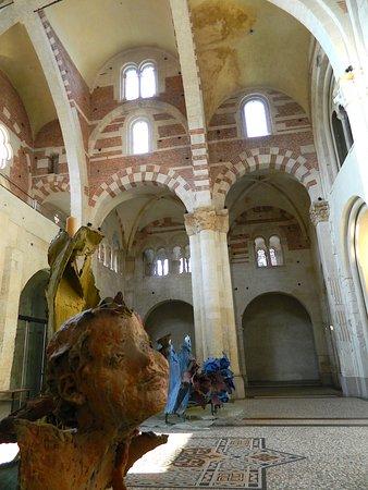 Cattedrale di Sant'Evasio (Duomo di Casale Monferrato): Duomo nartece, opere di Lodigiani.