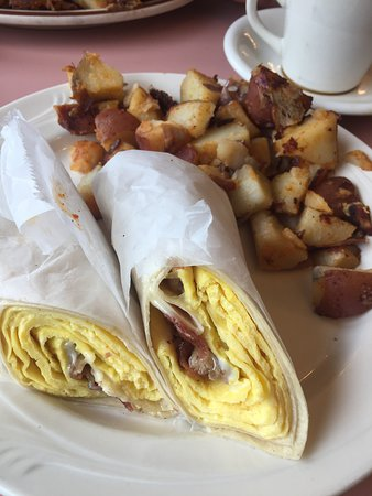 North Billerica, MA: Egg, Cheese & Bacon Wrap With Home Fries