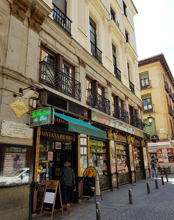 Irish Pub Fontana De Oro by Puerta Del Sol