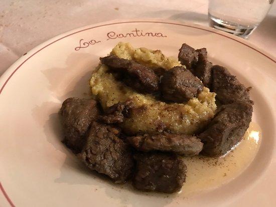 Esine, Italia: Capriolo con polenta