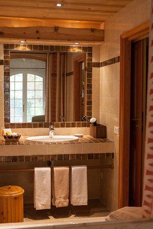 Hotel Escapade: Salle de bain