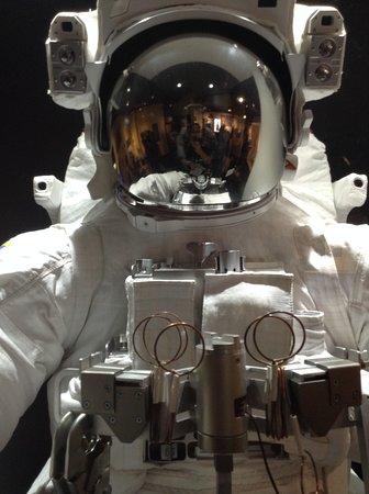 Musée de l'aviation et de l'espace du Canada: Space exhibit
