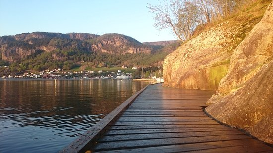 Hjelmeland Municipality, Norwegia: The pier for fishing
