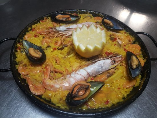 Cadavedo, สเปน: Restaurante La Regalina