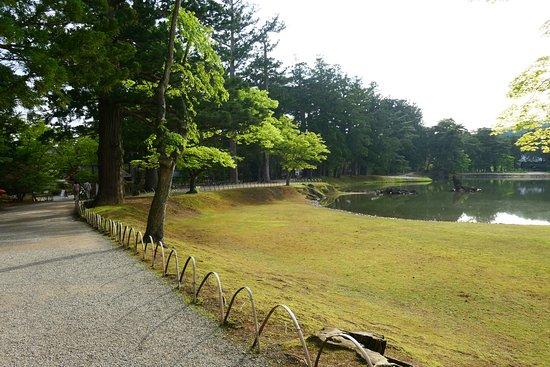 Motsu-ji Temple: ここの庭園はとてもゆったりした雰囲気で素晴らしいです