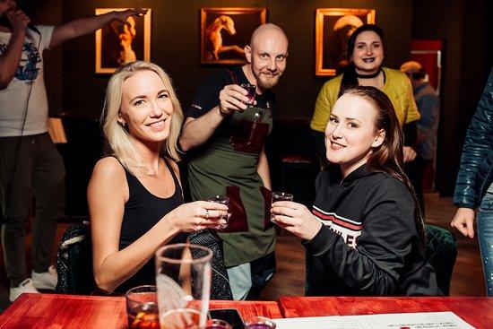 Chilipepper Pub:  Красивые девушки