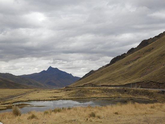 Puno Region, بيرو: La Raya mountain pass