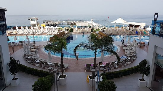 Azura Deluxe Resort & Spa照片
