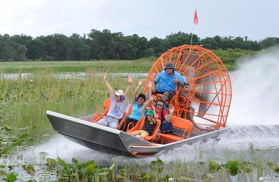 ‪Boggy Creek Airboat Adventures‬