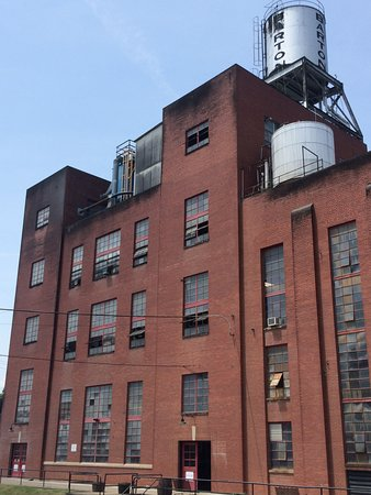 Barton 1792 Distillery: Distillery