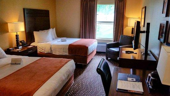 Quality Inn & Suites Montclair: Doppelzimmer