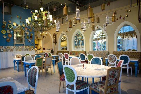 Mosaic abu dhabi restaurant reviews photos phone for Ristorante cipriani abu dhabi