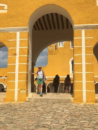 Izamal, Mexico: Entrance to Convent