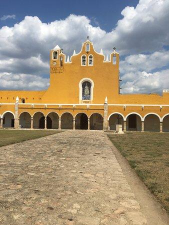 Izamal, Mexico: Main building
