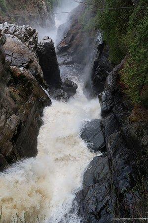 Canyon Sainte-Anne: Cascate