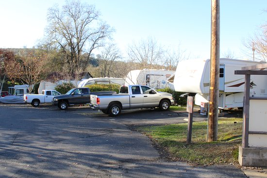 Gold Strike Village RV and Campground: RV Spaces