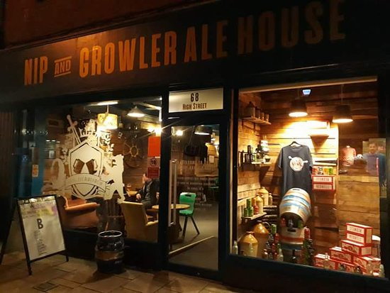 King's Lynn, UK: Welcome to the nip and growler