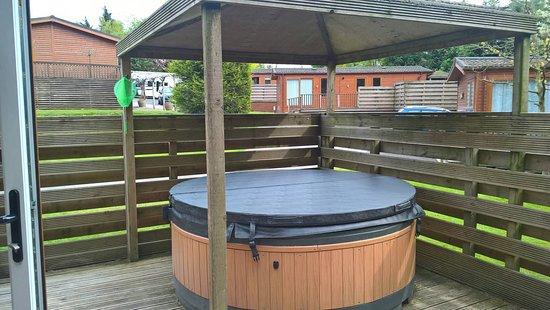 Longnor, UK: Hot tub