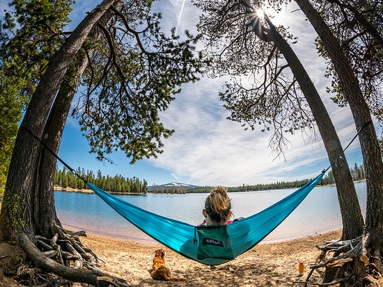 Bend, OR: Relaxing at Wickiup Reservoir