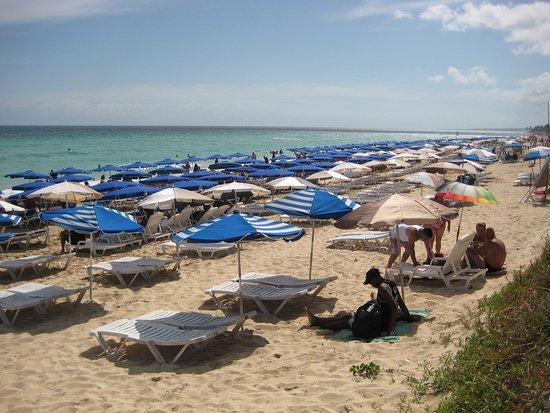 Hotel MarAzul: zone publique, avec frais de 3 - 5 couc pour les chaises