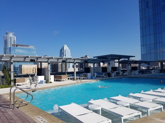 The 7th floor rooftop pool is AMAZING