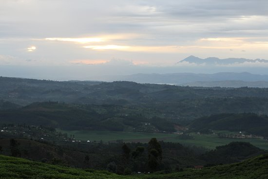 Nyungwe National Park: View from park border of Lake Kivu and Kahezi-Biega in the background