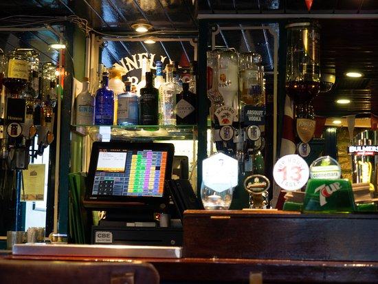 Barna, Irlanda: pub