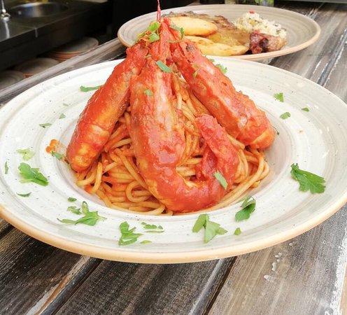 Manolis Restaurant Lindos: Γαριδομακαρονάδα