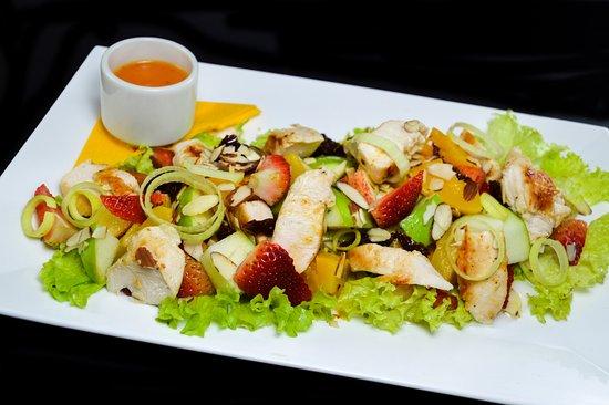 El Colmado Cocina: Ensalada Tropical