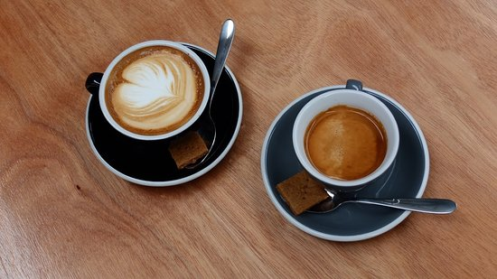 Otaki, นิวซีแลนด์: Peoples Coffee, The best brew on the Kapiti Coast.