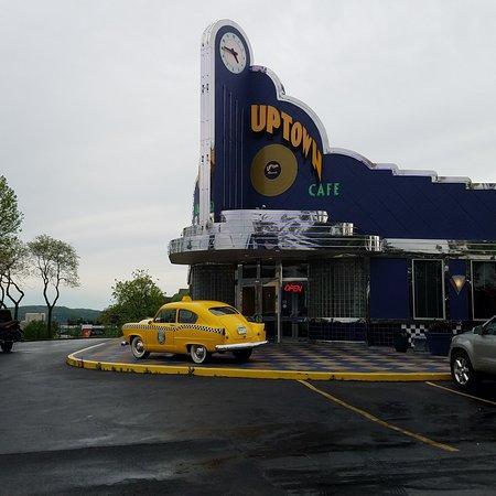 Jackie B. Goode's Uptown Cafe: Exterior Shot