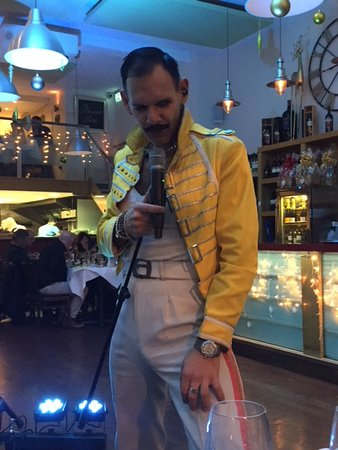 Bexhill-on-Sea, UK: A night with Freddie Mercury