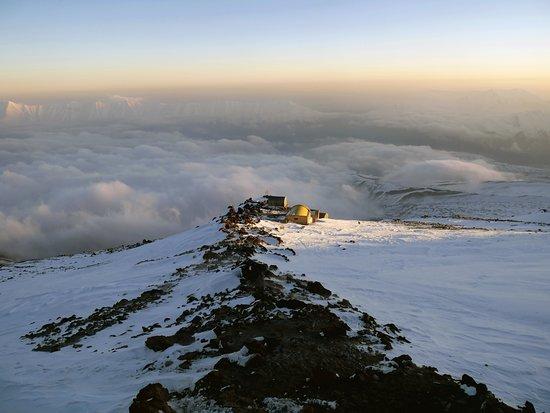 Iran Climbing Guide: CampIII
