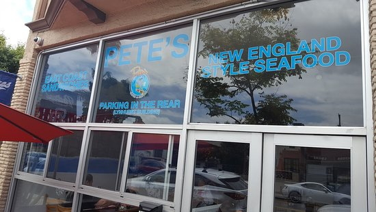 Pete's Seafood and Sandwiches: Pete's Seafood Entrance