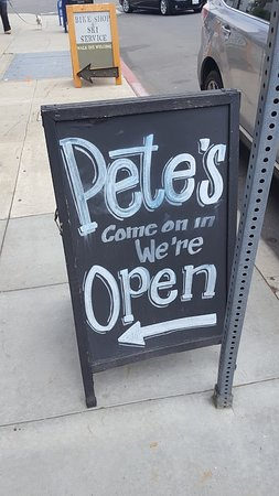 Pete's Seafood and Sandwiches: Pete's Sidewalk Sign
