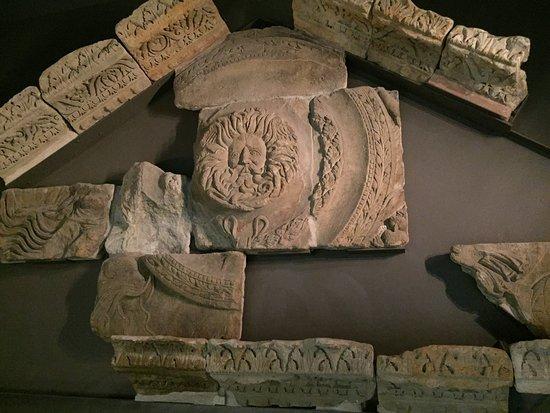 Roman Baths Museum : Museum insights