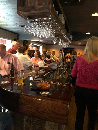 Sherburne, NY: Lewis' Restaurant Bar scene